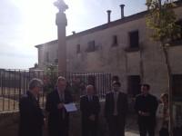 Benedicció d'una creu de terme a Bellcaire