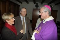 Saludant l'alcalde d'Ivars i esposa