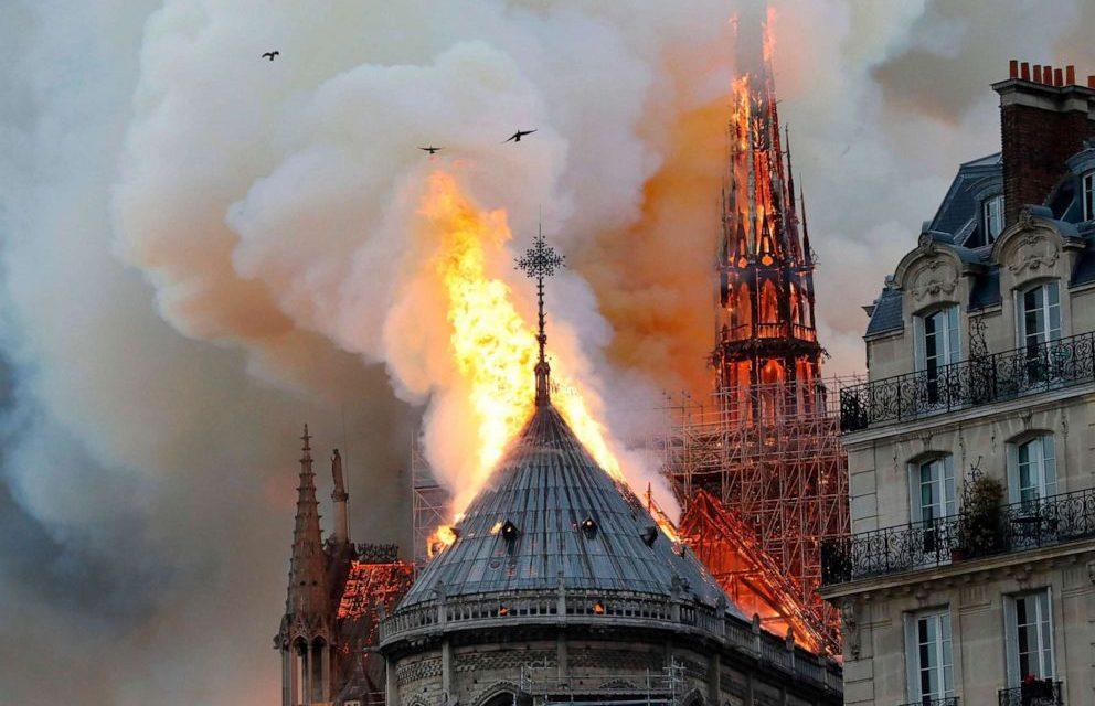 Les parròquies de les Valls d'Andorra repiquen les campanes per Notre Dame